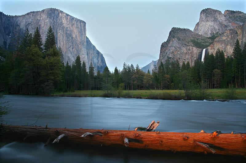 Yosemite Valley And Merced River At Dusk