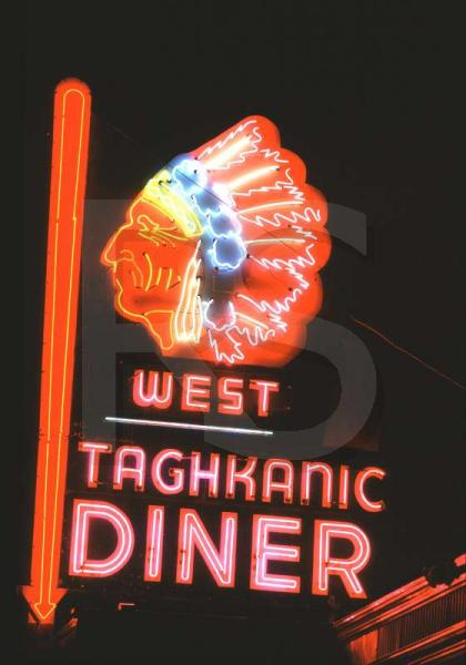 West Taghkanic Diner, Sign