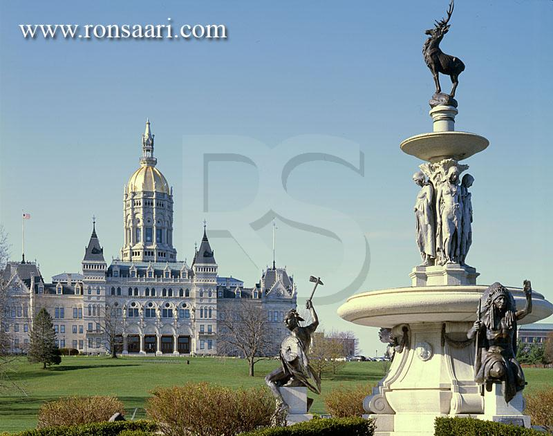 Corning Fountain and Connecticut State Capitol Building