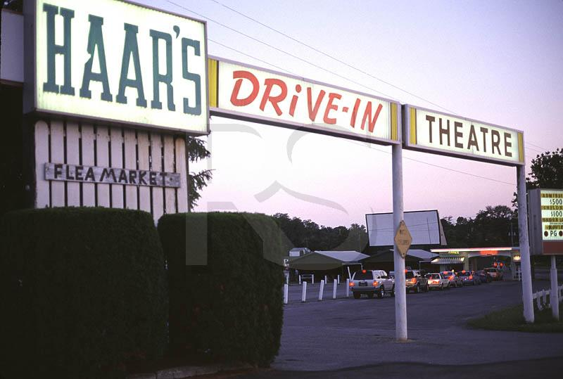summer drive in movie showings