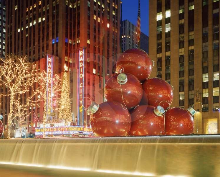 - Rockefeller Center, Christmas Decorations