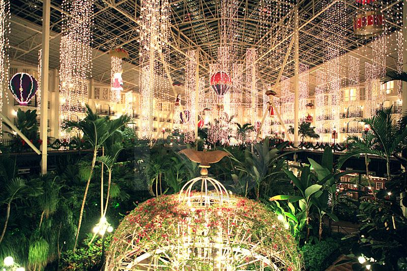 Gaylord Opryland Hotel, Holiday Decorations 1