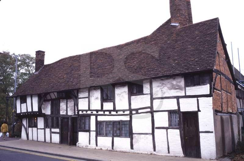 Tudor building for Architecture keywords